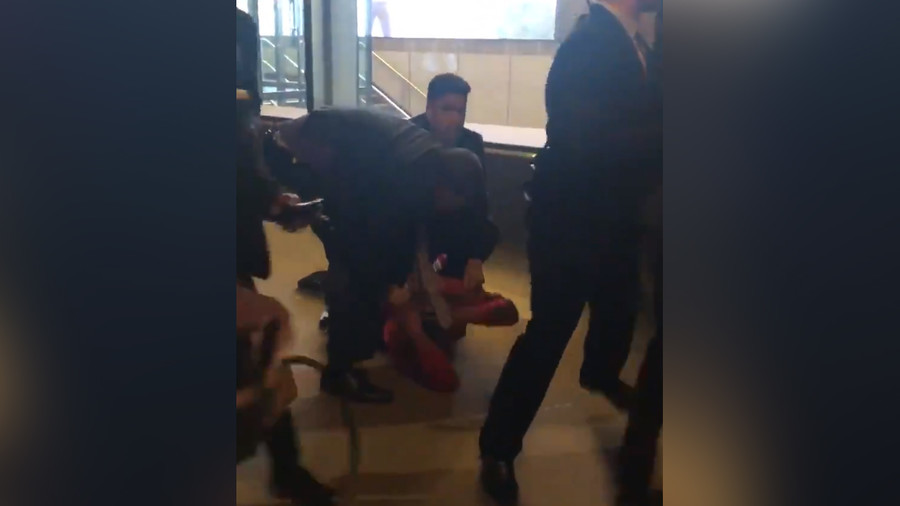 NYC store security guard filmed tackling teen to the ground, charged with assault (VIDEO)