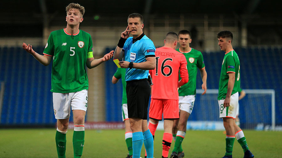 Ireland U17 goalkeeper gets sent off... during a penalty shootout