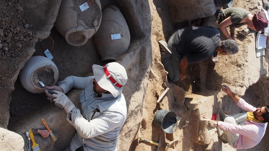 Lost city uncovered: 3,200yo tablets reveal secret, royal location (PHOTOS)