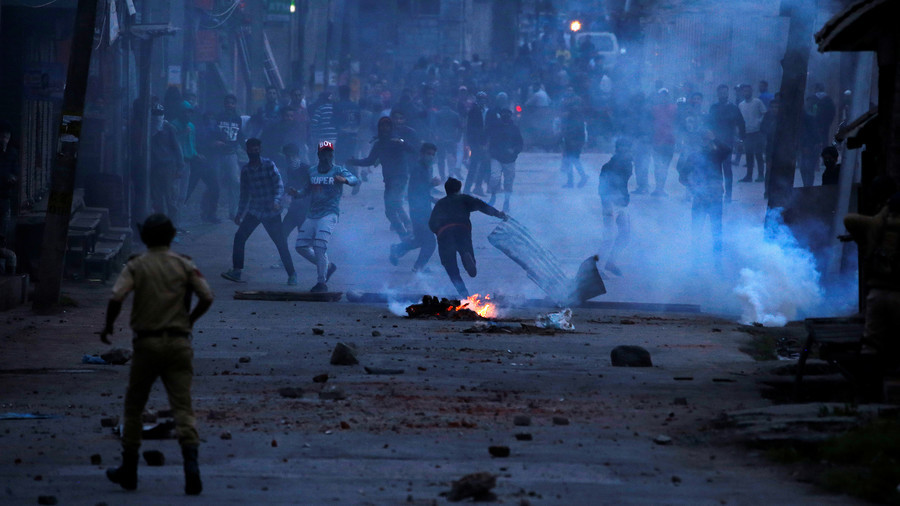 Kashmir: Fed-up youths & political point-scoring keep 70-year war alive