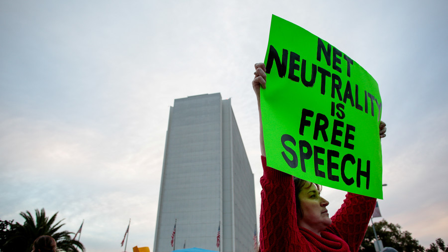 Senate votes to restore net neutrality after repeal