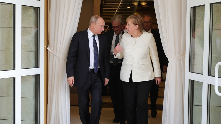 Putin, Merkel discuss defense against Trump's sanctions drive