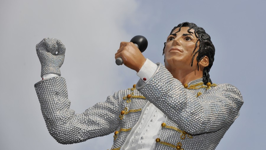 Hitler, Jacko and Maradona: Statues and waxworks best forgotten (PHOTOS, VIDEO)