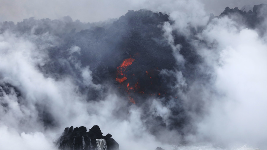 Hawaii 'laze' alert: Even lava cooling in the sea is horrendously dangerous (PHOTOS, VIDEO)