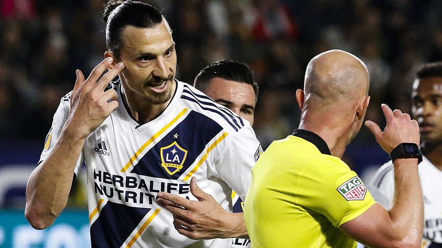 Take Zlat! Ibrahimovic red-carded for slapping MLS opponent (VIDEO)