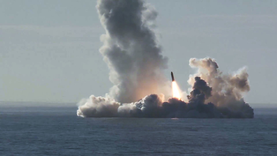 Watch Russian nuclear sub fire barrage of 4 ballistic missiles in stunning HD (VIDEO)