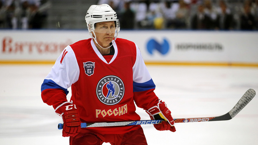 Putin invited to play in North Pole ice hockey game