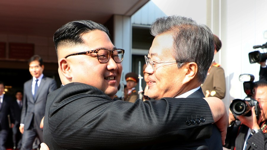 Kim Jong-un and South Korean president hammer out US summit plans