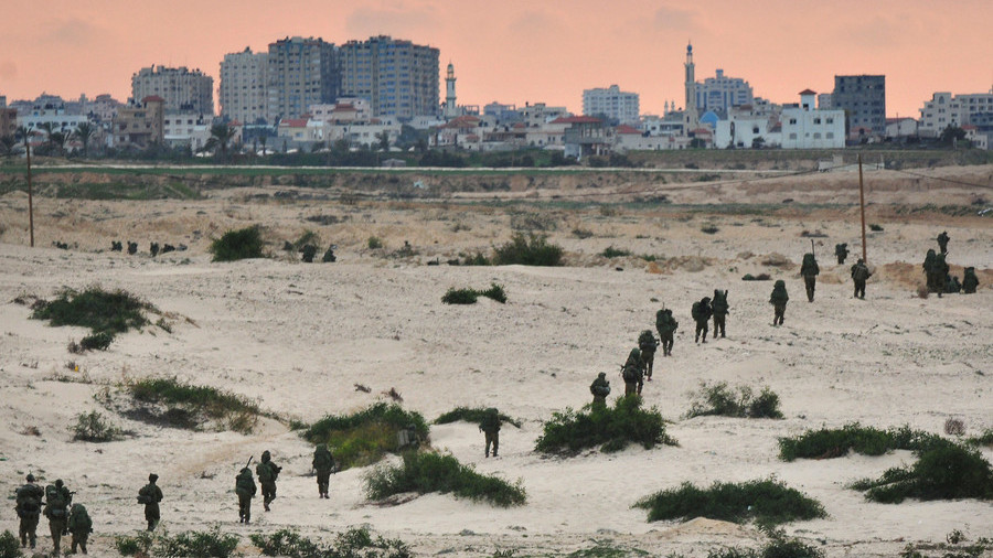 Israeli army kills three Gaza militants after foiling border bombing
