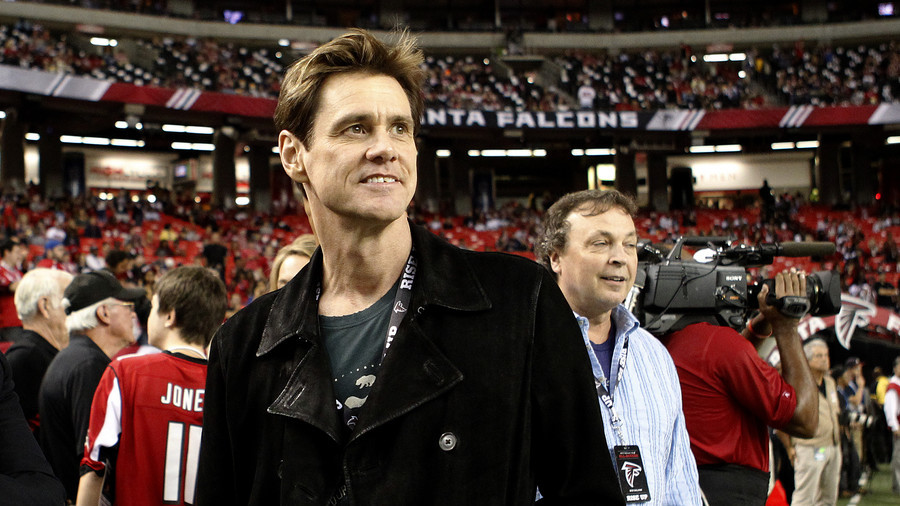 'Draft-dodging racist': Jim Carrey slams NFL for 'siding' with Trump