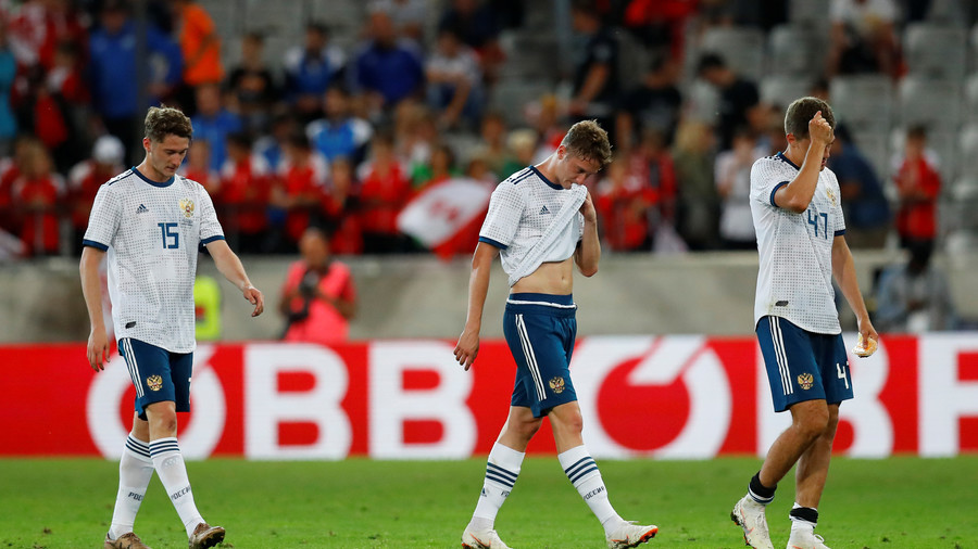 Pressure mounts for Russia after latest World Cup warm-up defeat