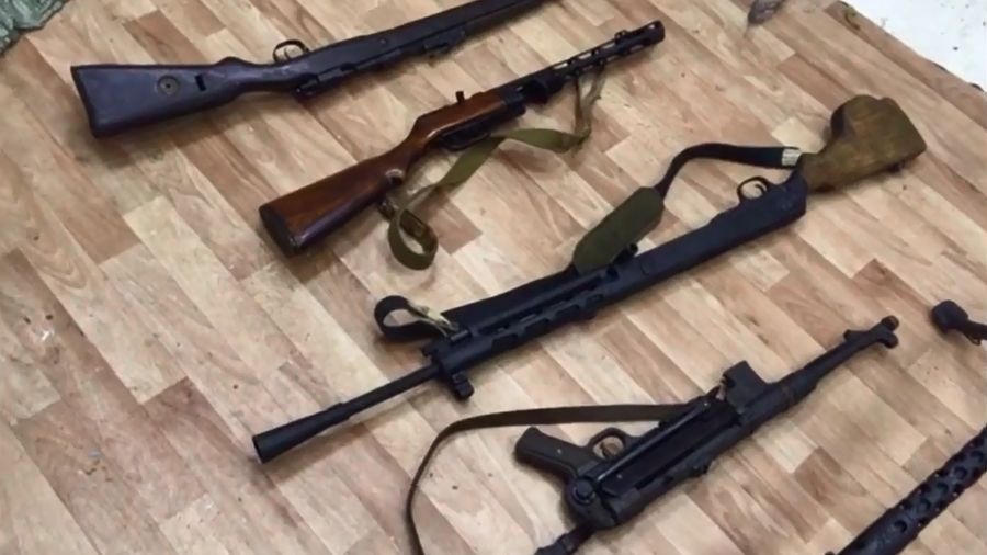 Machine guns, rifles and explosives found at arms depots busted by FSB across Russia (VIDEO)