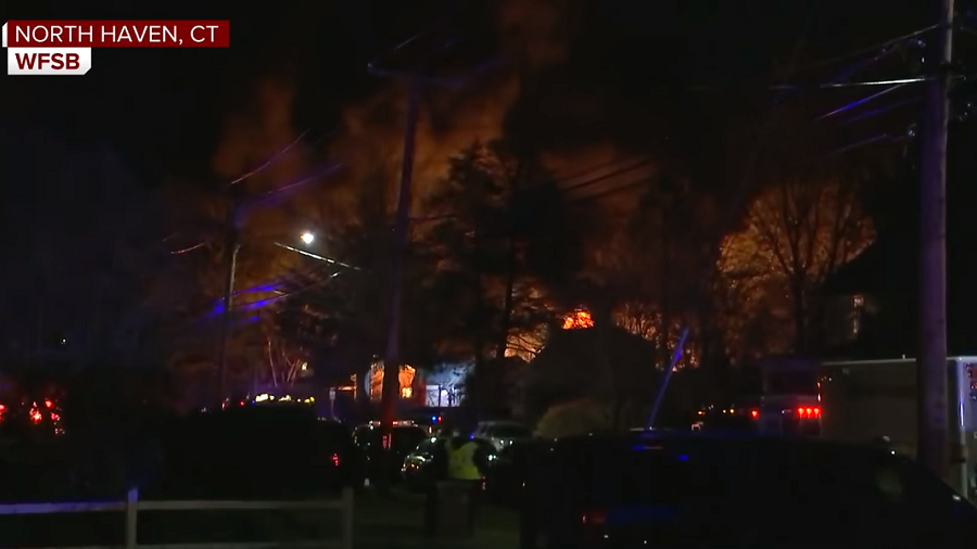 Explosion during 'domestic' hostage situation in Connecticut injures 9 officers (PHOTOS, VIDEO)