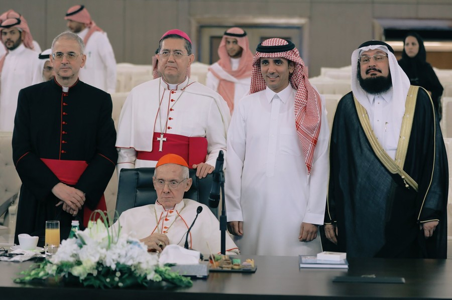 Vatican 'denies' agreement signed with Saudi Arabia includes building churches