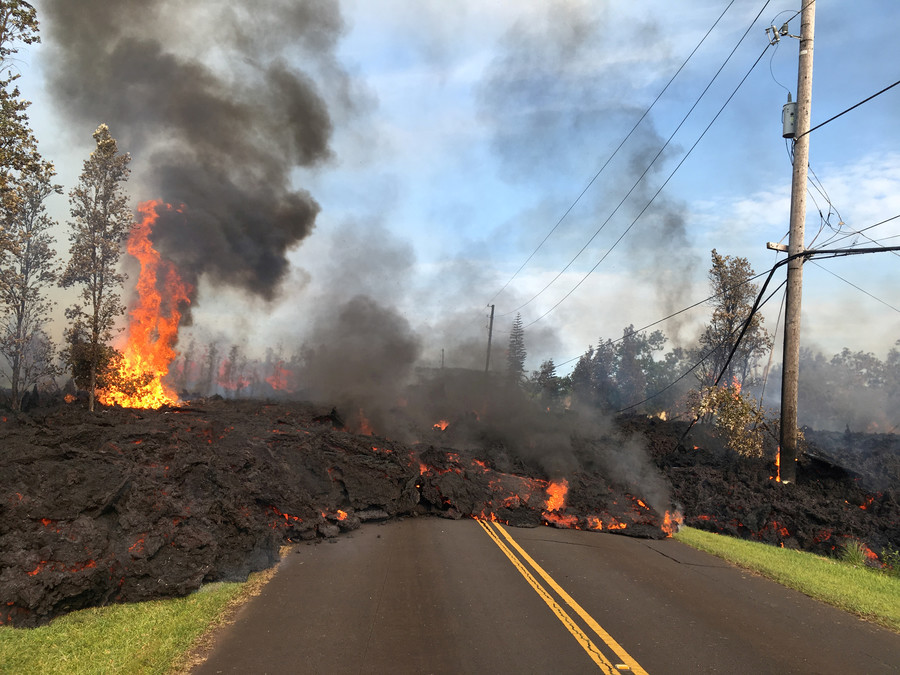 Lava fountains spew aggressively from Hawaii's Kilauea Volcano (VIDEO)