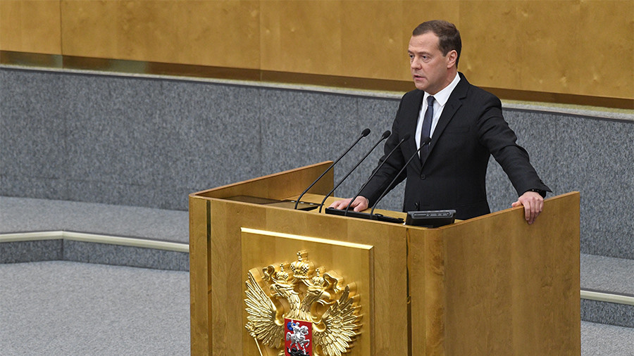 Russian parliament approves Medvedev as prime minister