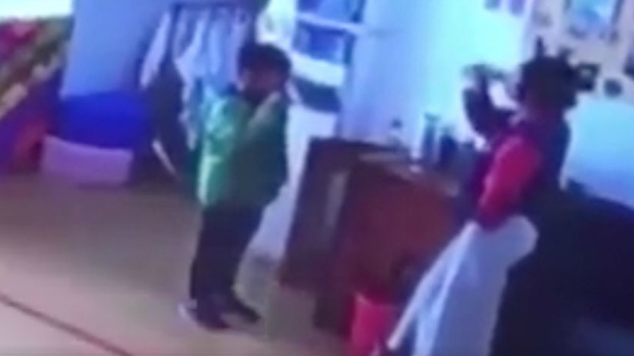'Forced to swallow boiling water': Kindergarten teacher faces child abuse probe (VIDEO)