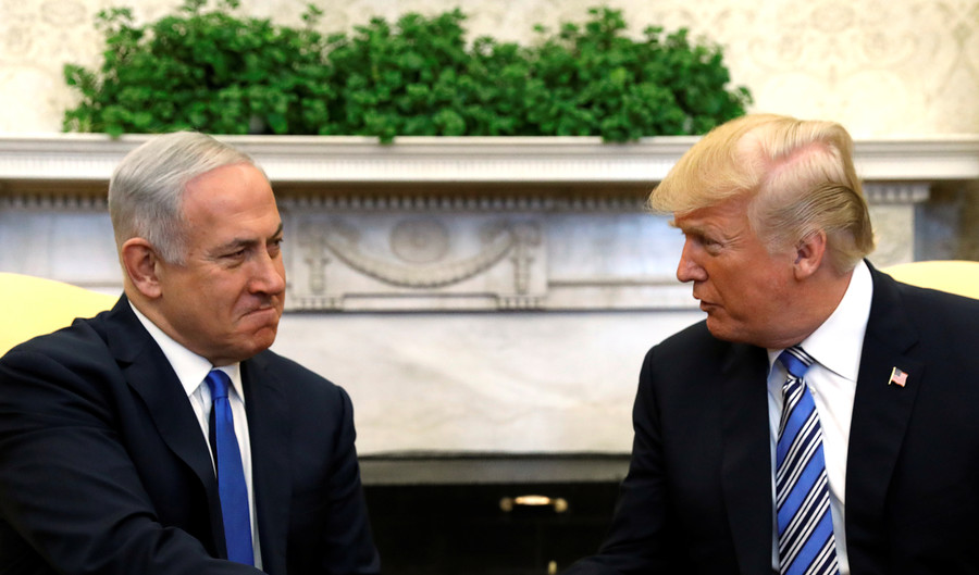 'Israel lobby calling the shots in Trump's rollback policy on Iran' – Max Blumenthal