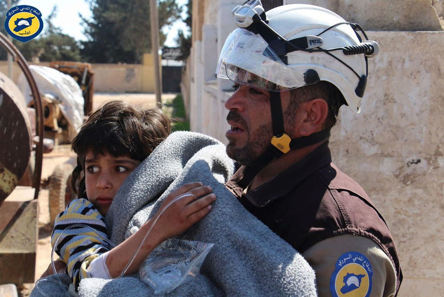 Theresa May vows to keep funding White Helmets despite alleged Al-Qaeda links (VIDEO)