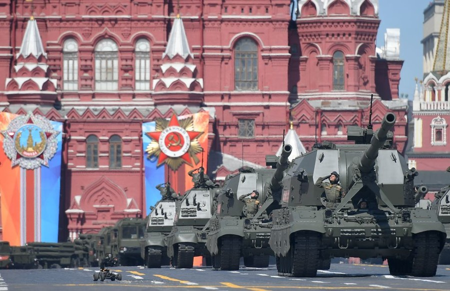 Victory Day parade in Red Square: Russian military might on display (FULL VIDEO)