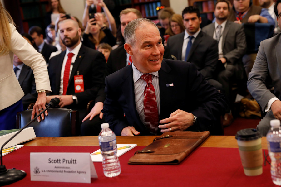 Trump's environment czar Pruitt in trouble over ethics
