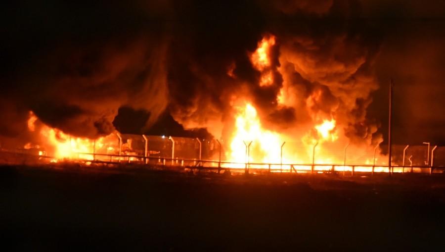 Gaza border crossing set ablaze as Palestinian protesters 'damage gas pipelines' – IDF