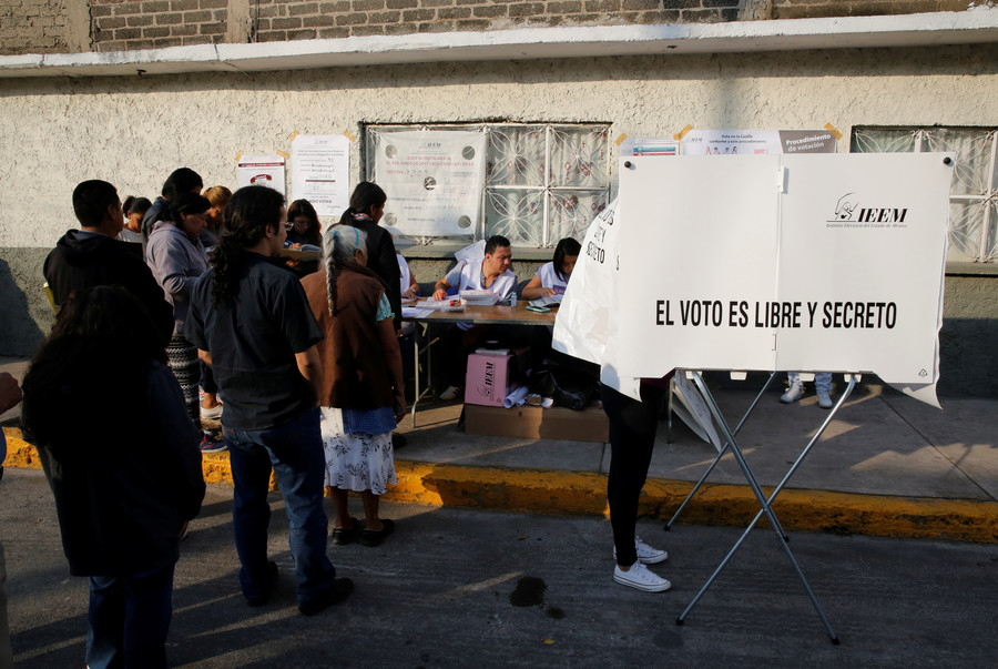 Mexican politicians busted after registering as transgender to avoid election quota
