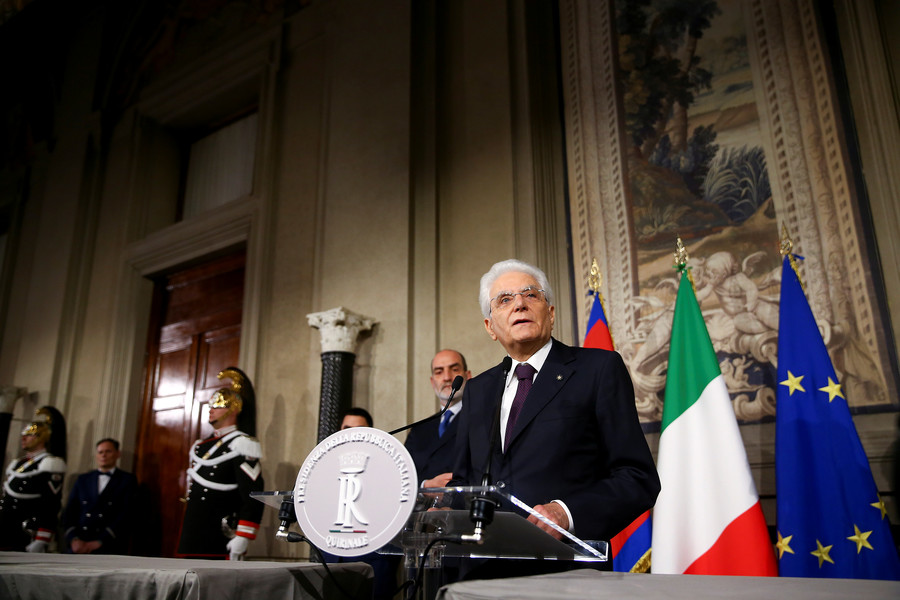 'Unprecedented institutional clash': Italy fails to form govt over anti-EU economic minister