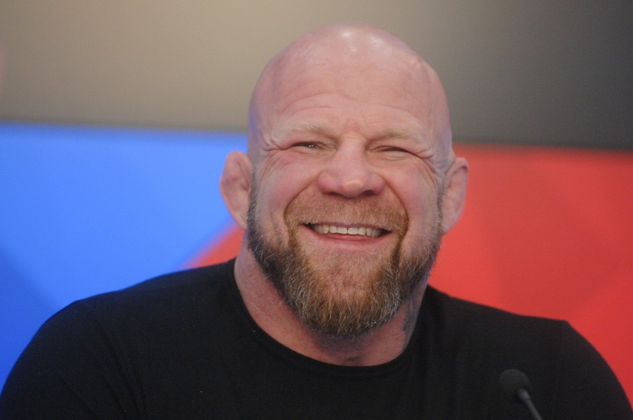 Putin grants Russian citizenship to MMA legend Jeff Monson