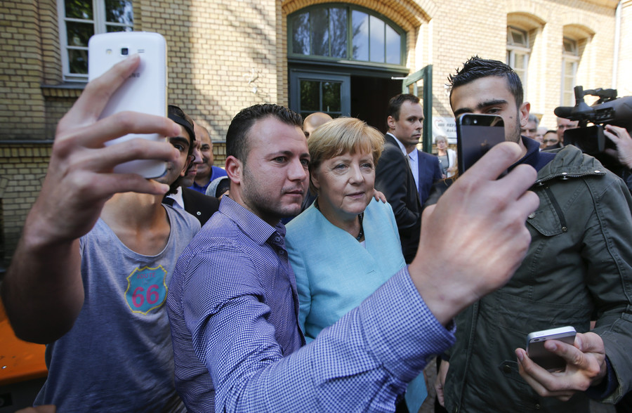 AfD wants Merkel's refugee policy probed in parliament