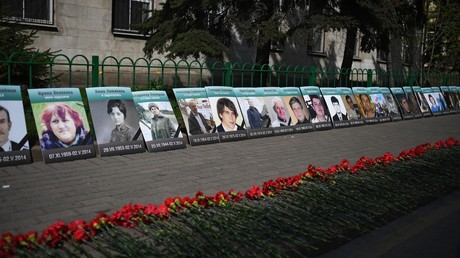 An installation in memory of victims of the Odessa massacre near the Ukrainian embassy in Moscow © Valery Melnikov