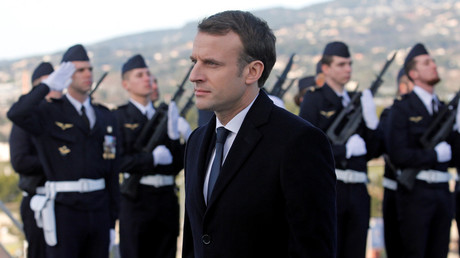 French President Emmanuel Macron reviews troops at a naval base in Toulon, France. © Jean-Paul Pelissier