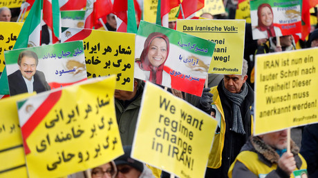 People demonstrate in Berlin to support protests across Iran, January 6, 2018 / Hannibal Hanschke