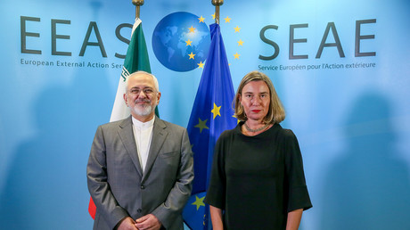 Iran's Foreign Minister Mohammad Javad Zarif with European Union Foreign Policy Chief Federica Mogherini © Stephanie Lecocq