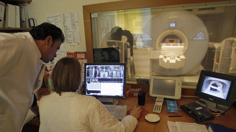 Trans brains different from non-trans people, MRI study shows