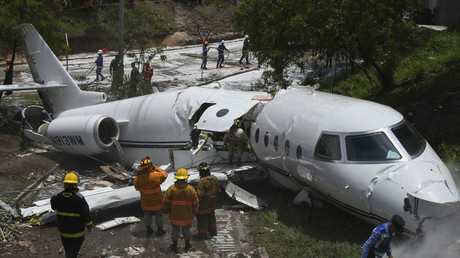 Private jet from Texas splits in half on takeoff in Honduras (PHOTOS, VIDEO)