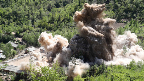 A command post of Punggye-ri nuclear test ground is blown up in North Korea, May 24, 2018 © News1/Pool