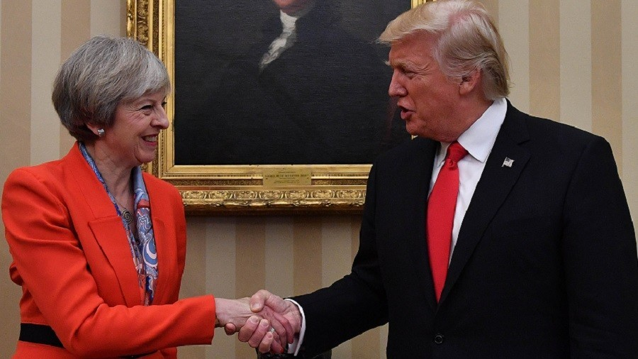 What special relationship? 'Delusional' No.10 trolled as Trump starts trade war
