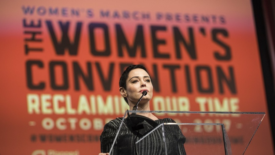 'Cut off the head, the rot': Actress Rose McGowan discusses Weinstein scandal with RT (VIDEO)