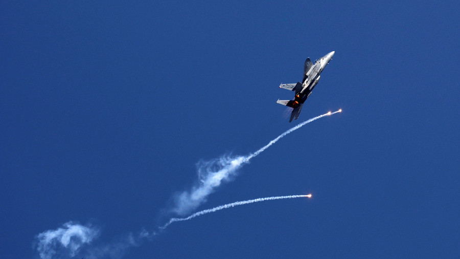 Israel strikes 15 'terror targets' in retaliation against rocket fire from Gaza (VIDEO)