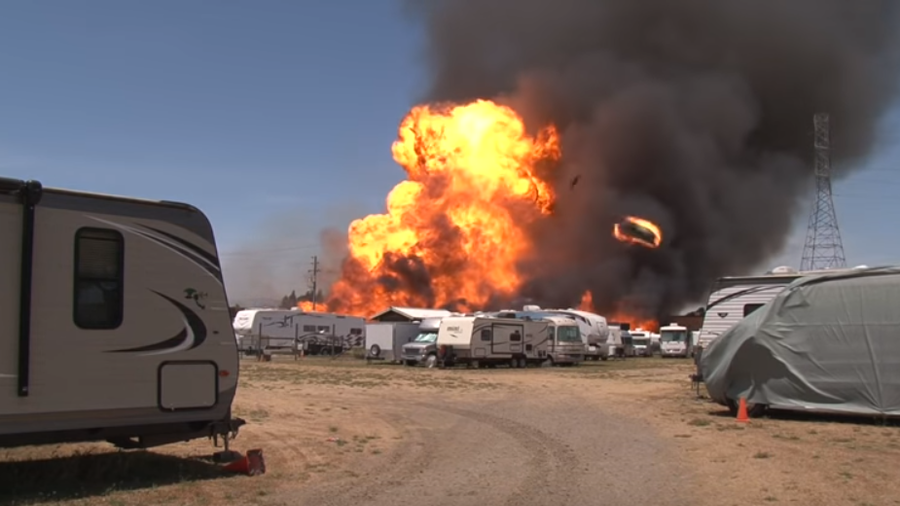 Cameraman narrowly escapes Hollywood-style propane tank explosion (VIDEO)