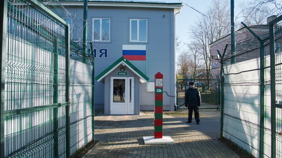 Russia issues reciprocal entry bans for 'especially Russophobic' Estonians