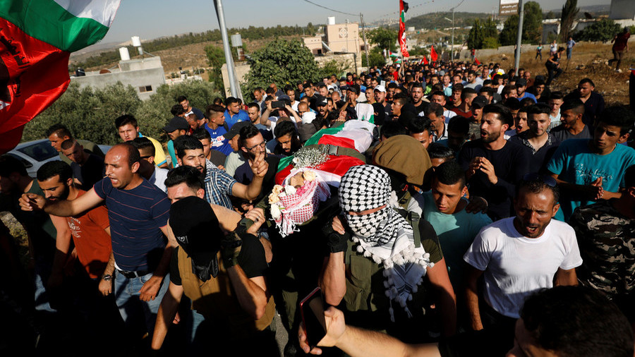 Palestinian man shot dead for throwing stone at IDF soldier