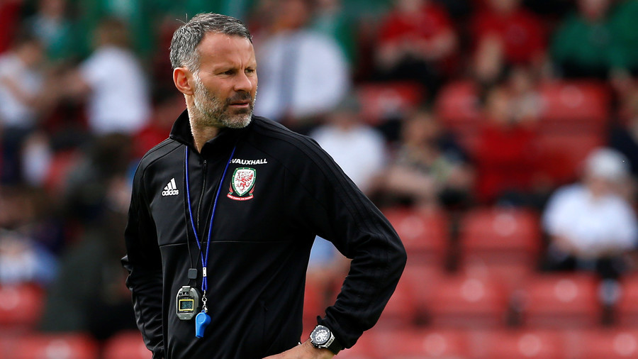 'Alex Ferguson knew how to get the best out of me' - Giggs on Fergie's influence on coaching career