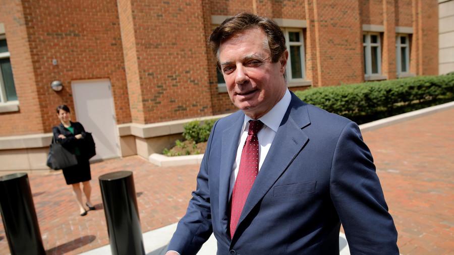 Donald Trump's campaign chairman faces new criminal charges