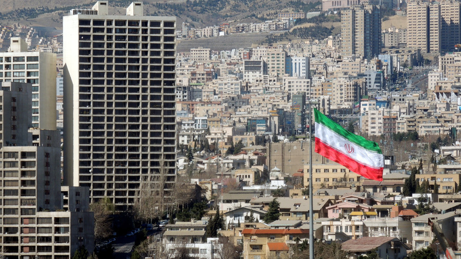 China winner from US sanctions on Tehran with dollar dominance waning – analysts to RT
