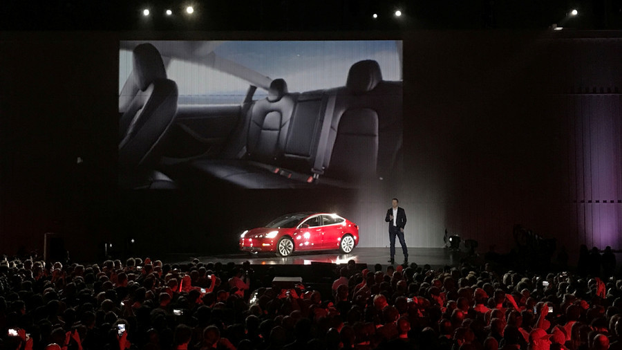 New Tesla Roadster could have rocket engines option – Musk
