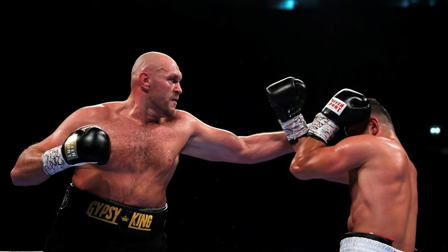 Fury fails to impress as farcical return says little about his condition