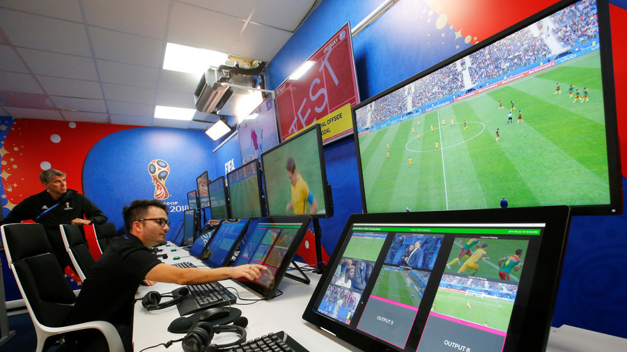 'VAR cannot replace referees,' - FIFA refereeing head Busacca (VIDEO)