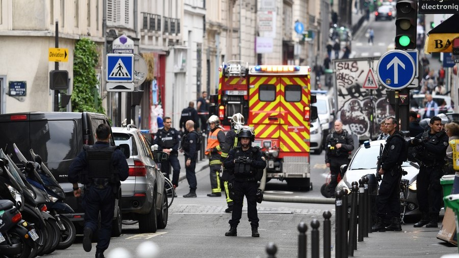 Paris police in 'hostage taking' standoff with armed man